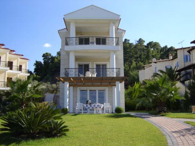 Ufficio Legno Hotel : La calcidica travel agency calcidica appartamenti appartamento hotel