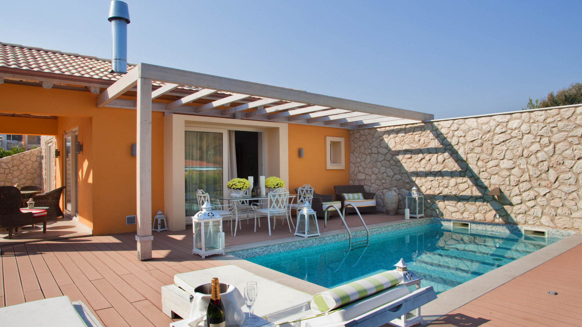 VIP Executive Villa with Jacuzzi/Hot Tub and Private Pool