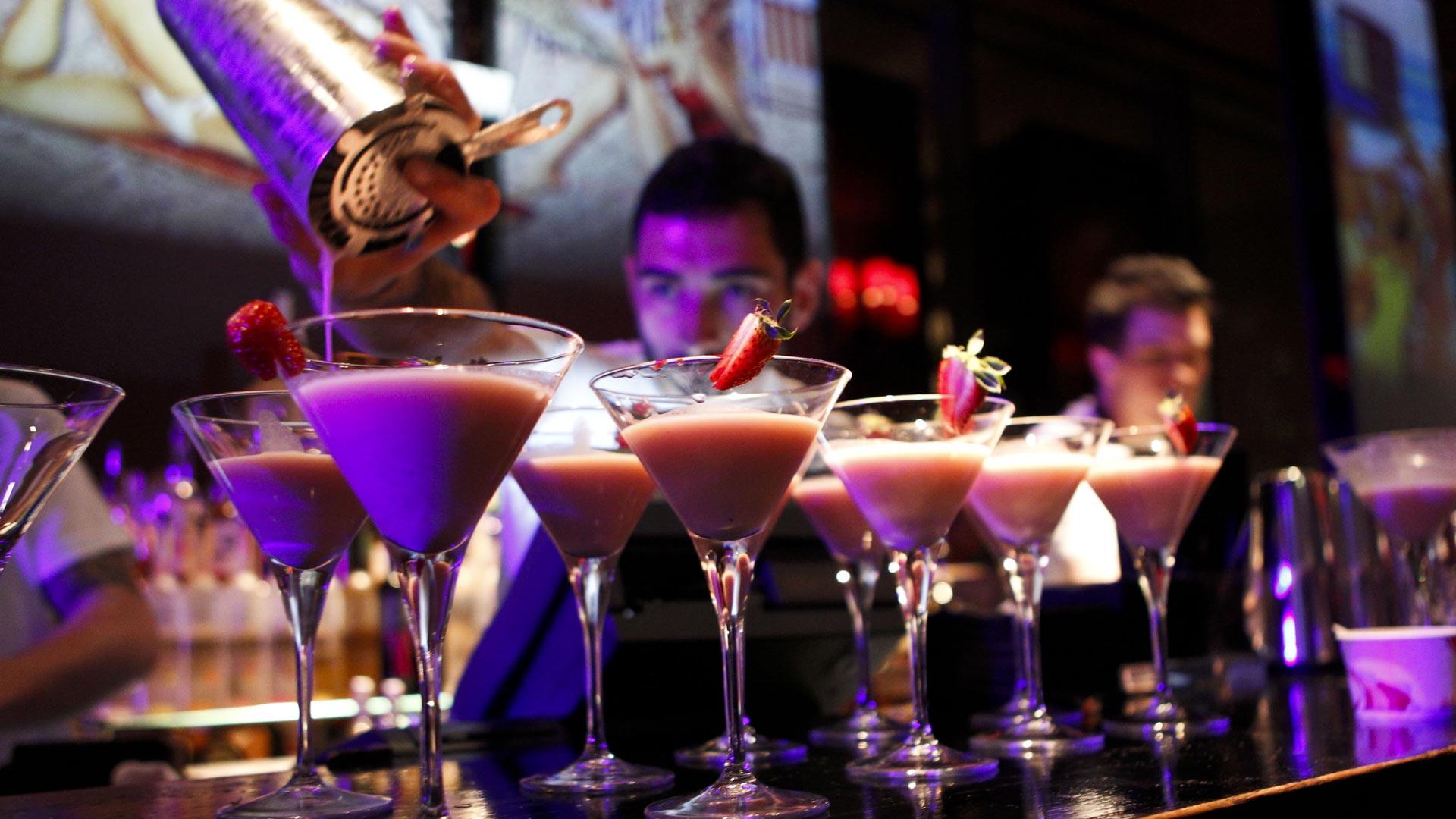 узбекистане все в кафе пью коктейль фото сожалению